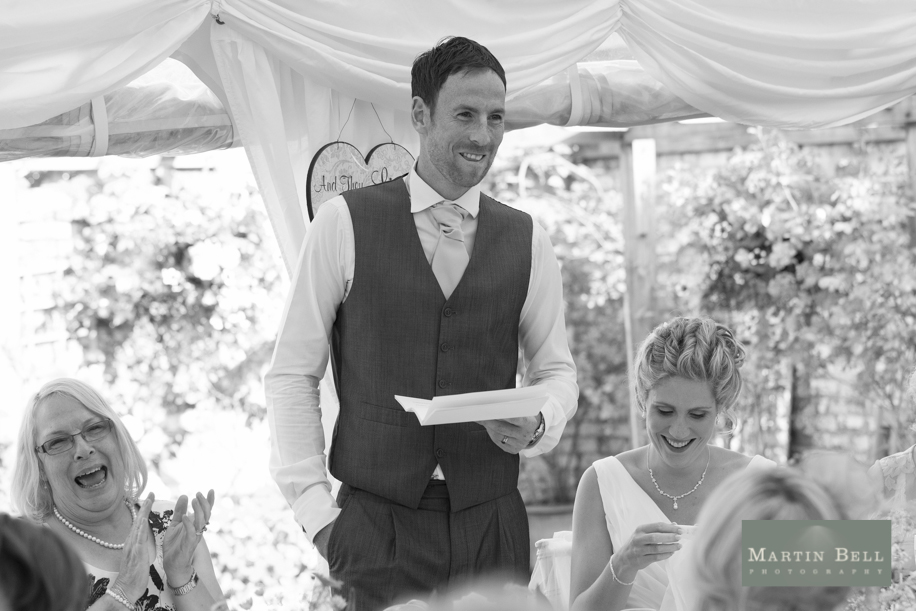 Hampshire wedding photos by the sea by Hampshire wedding photographer Martin Bell Photography