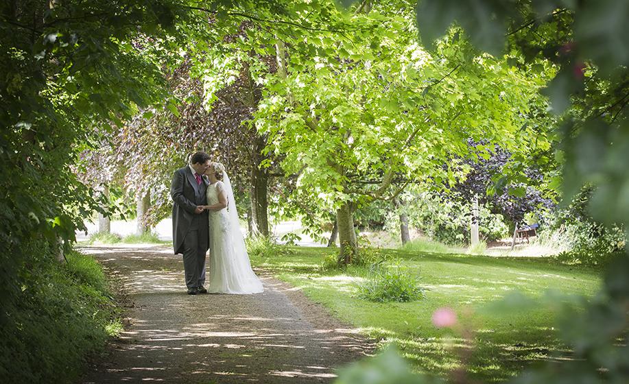 Hampshire-wedding-photographer-009