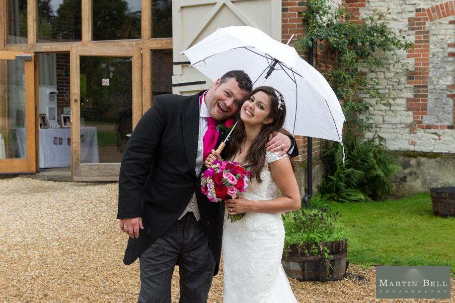 fun rainy day wedding photographs
