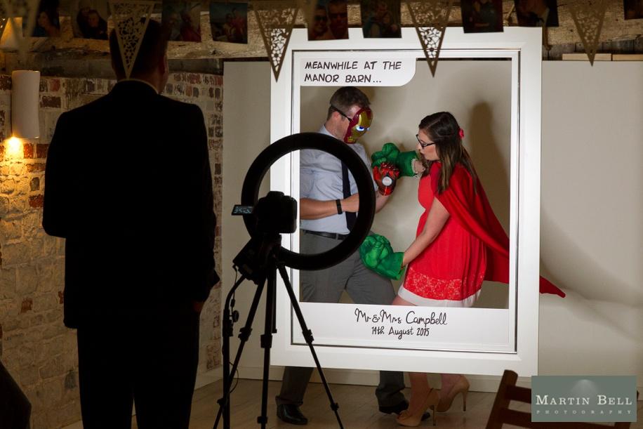 Fun and unique wedding ideas - Superhero themed DIY photo booth