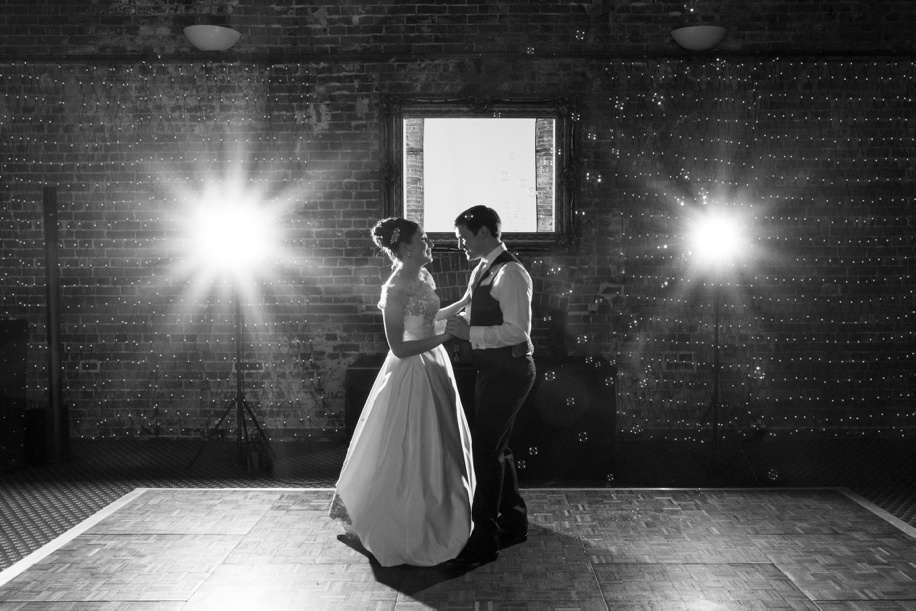 Stunning wedding photography at Highcliffe Castle wedidngs