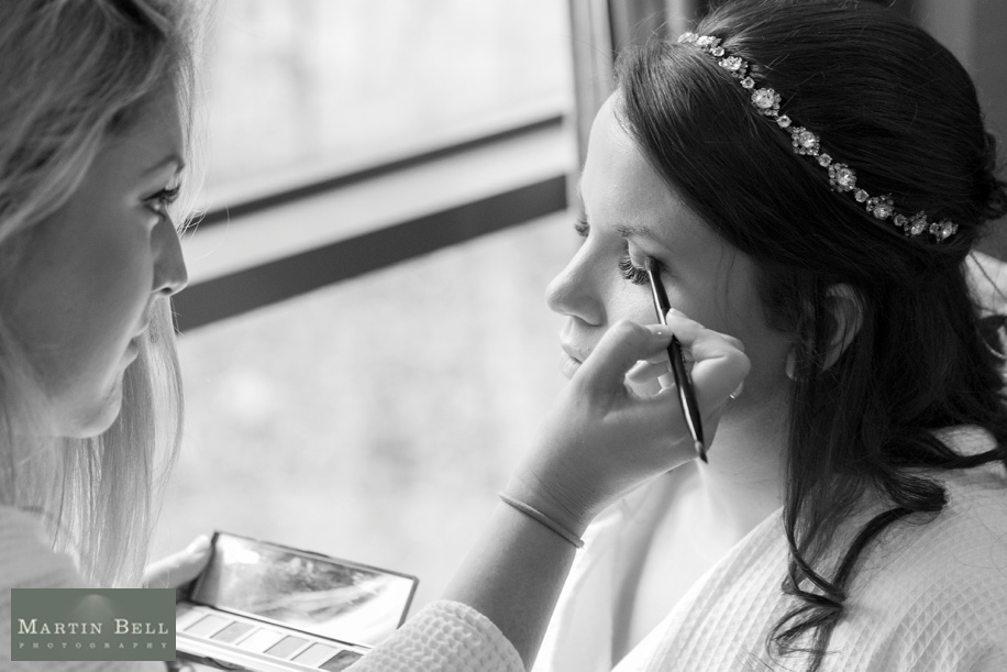 documentary wedding photography - bridal preparations
