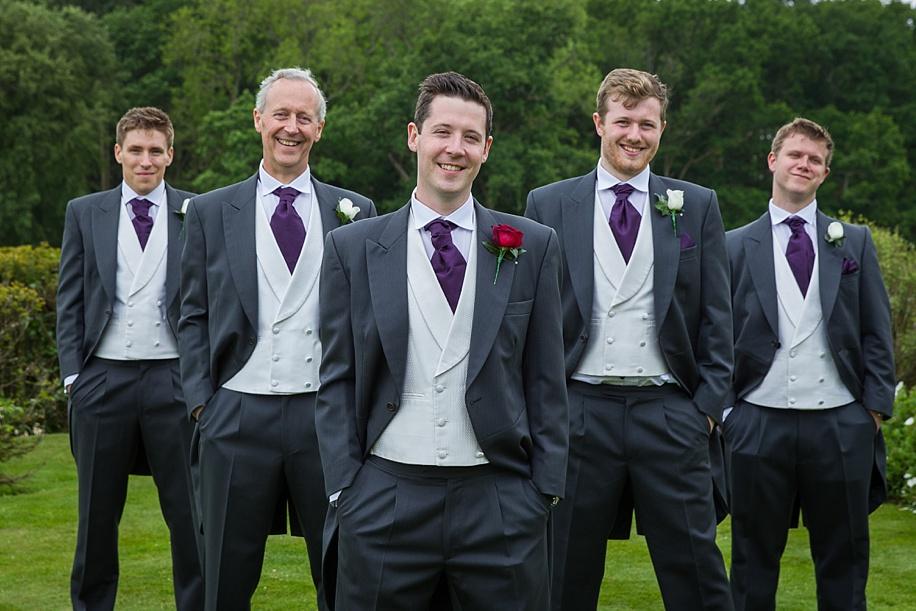 Groomsmen wedding photograph ideas