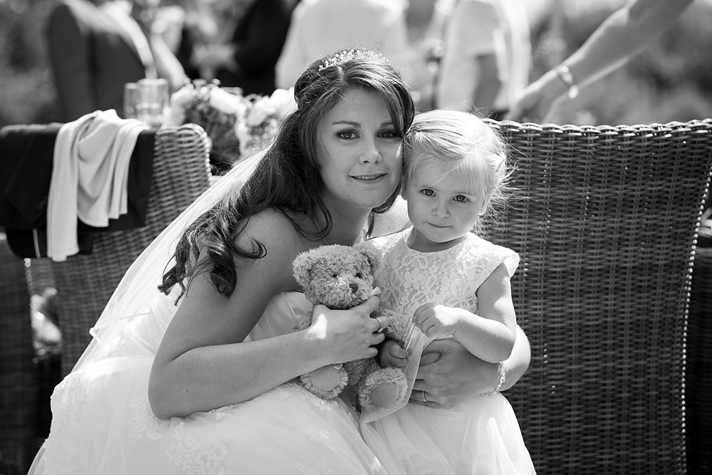 A Bartley Lodge wedding by award winning wedding photographer in Hampshire, Martin Bell Photography