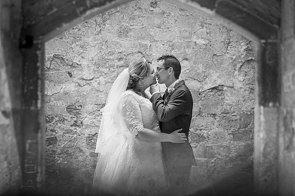 titchfield barn wedding photography by award winning Hampshire wedding photographer - Martin Bell Photography