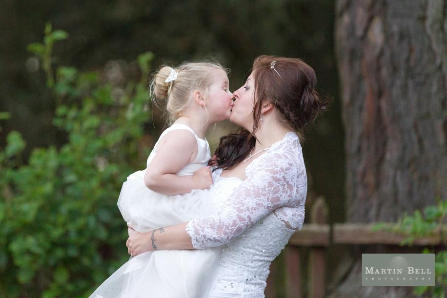 wedding_photographer_hampshire_alverbank_hotel_wedding_photography_NSG150314-73