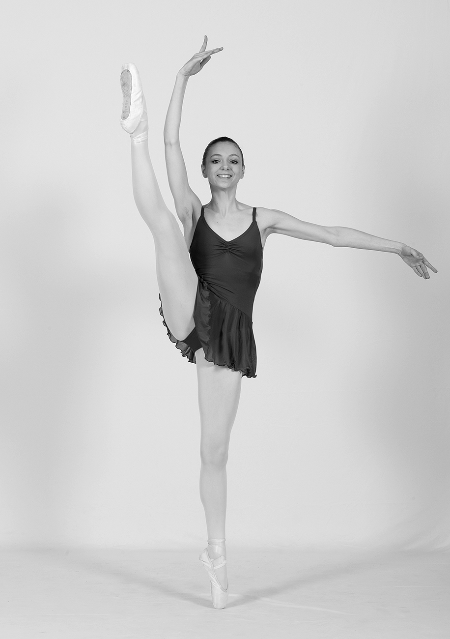 dancer auditon, portfolio and head shots with award winning dance photographer in London, Martin Bell Photography