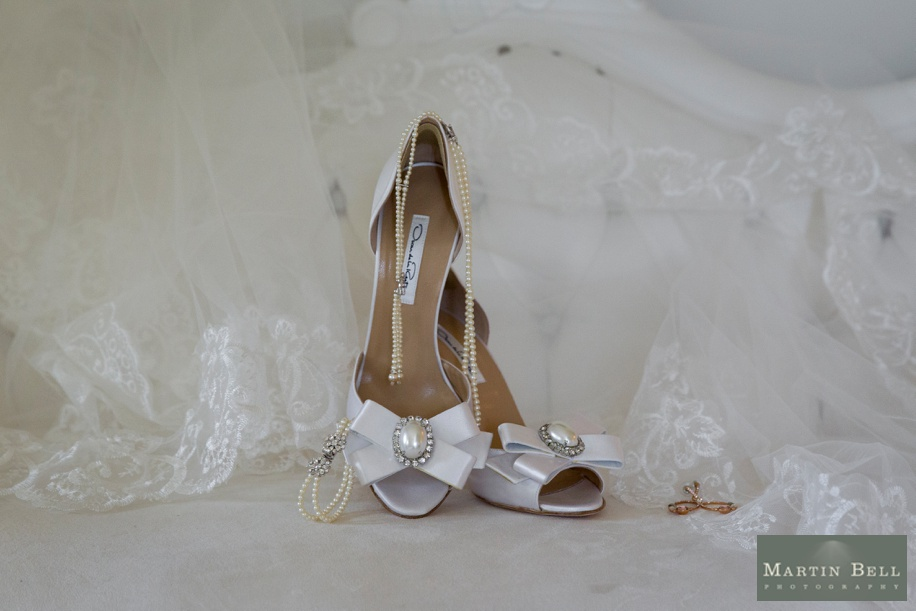 Bridal accessory ideas - Manor by the Lake