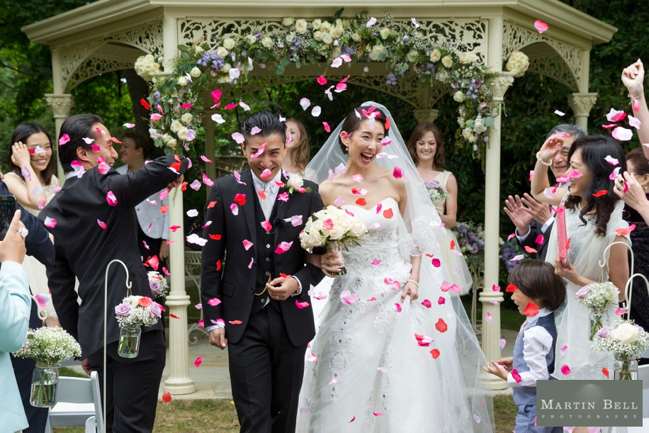 Outdoor wedding ceremony - Manor by the Lake wedding - Martin Bell Photography