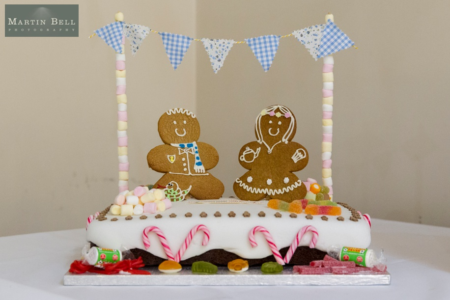 Gingerbread wedding cake - Marwell Hotel wedding ideas