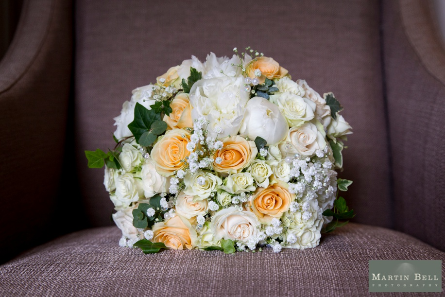 Orange and ivory bridal bouquet ideas