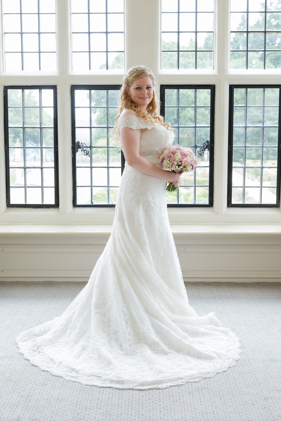 Beautiful Bridal photography at a Rhinefield House wedding