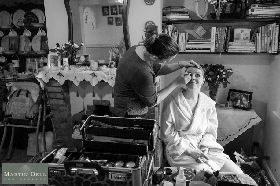 documentary wedding photographs during the bridal preparations