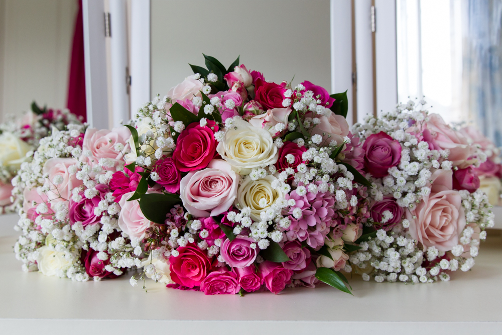 Bright pink bouquet - hampshire wedding photography