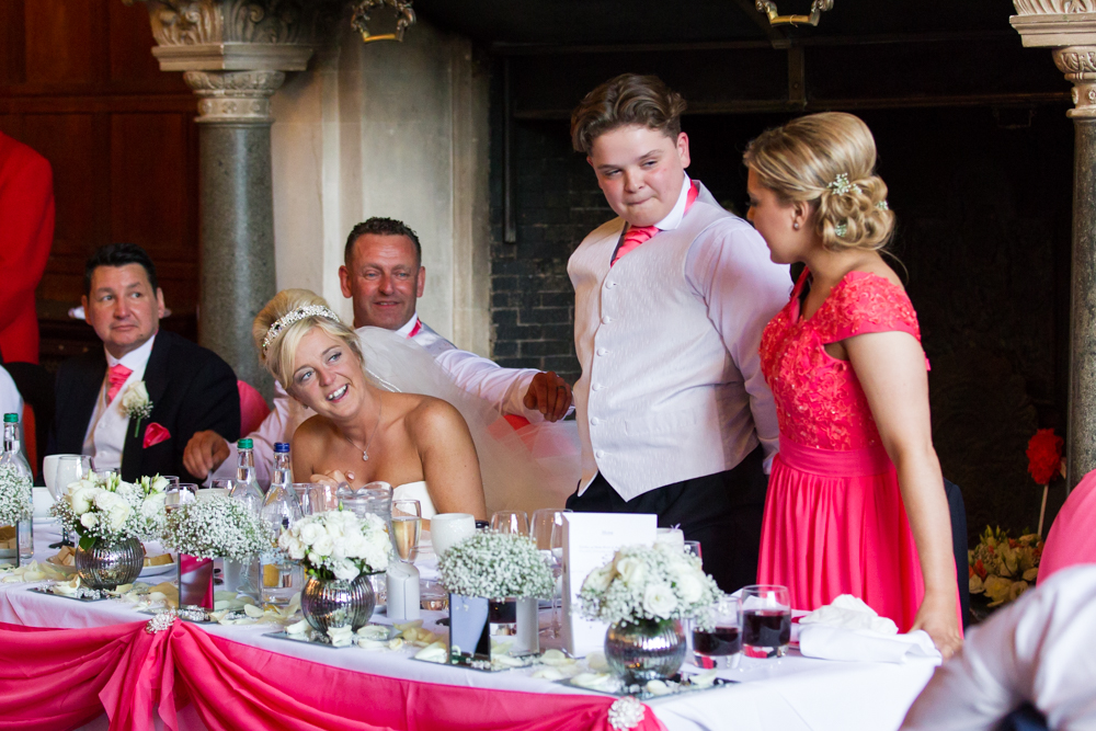emotional wedding photographs during speeches