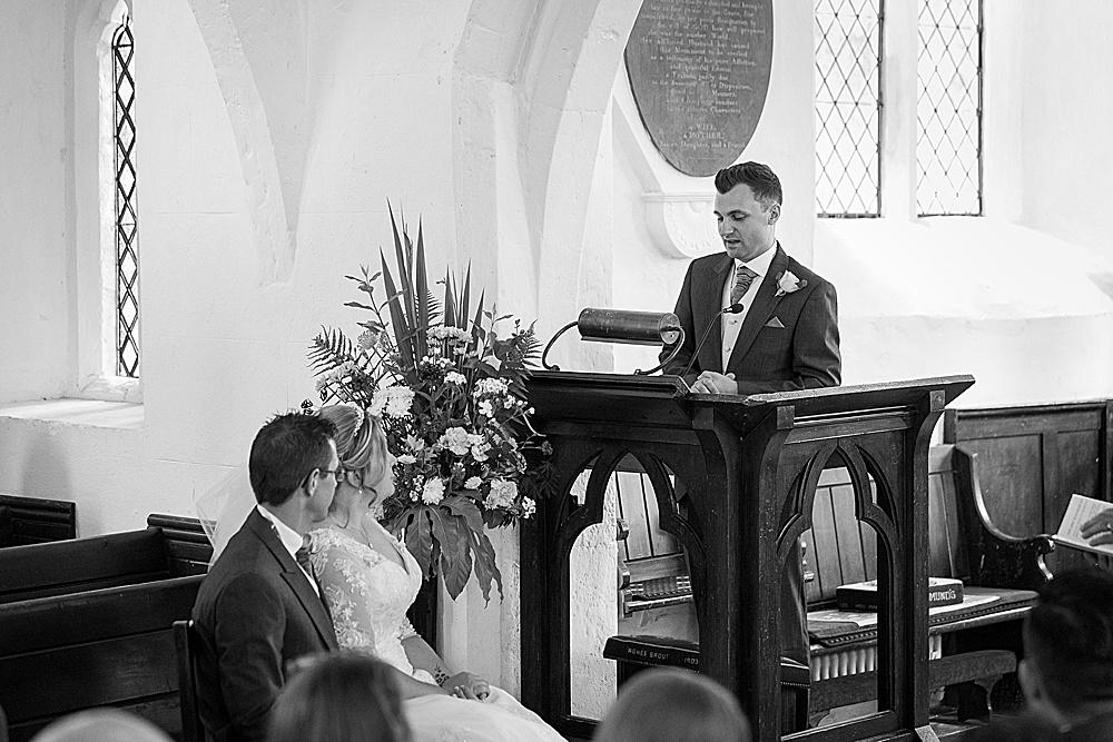 titchfield barn wedding photography by award winning Hampshire wedding photographer - Martin Bell Photography