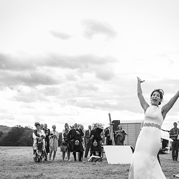 Hampshire marquee wedding photographer ~ Helen & David